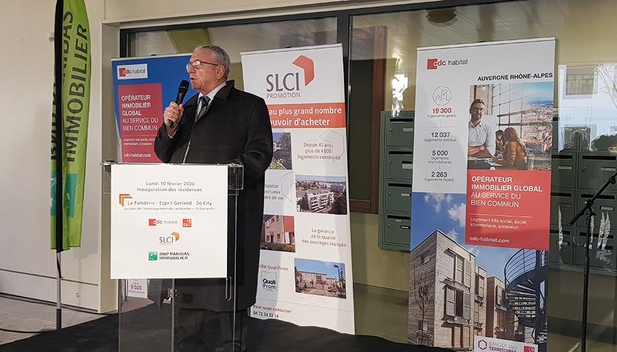 André Yché lors du discours d'inauguration de la résidence